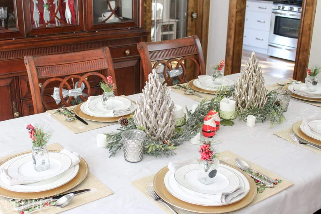 Tips for decorating the dining room christmas