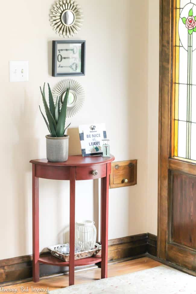 Small foyer decor updates for Petite table decorative